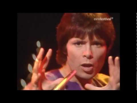 Cliff Richard - Devil Woman [HQ stereo]