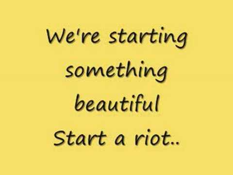 Sugarcult - Riot (lyrics)