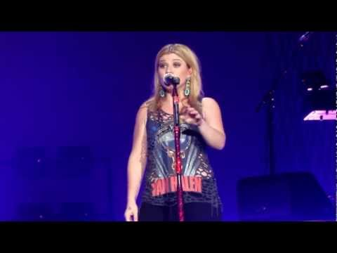 Kelly Clarkson - Catch My Breath [Live in London 2012]