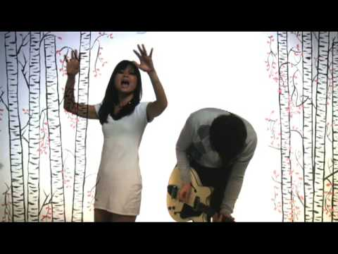 Asobi Seksu - Me & Mary [OFFICIAL MUSIC VIDEO]