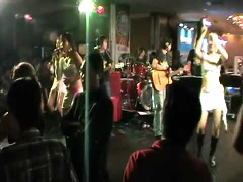 Why & Nobody - CoCo Band (Live@BeerFest Saigon 2010).mpg - YouTube.flv